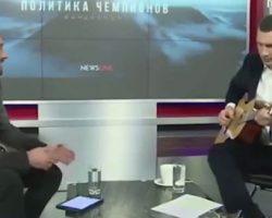 Efectul Eurovision: Primarul Kievului, Vitali Klitschko, a pus mâna pe chitară după 20 de ani